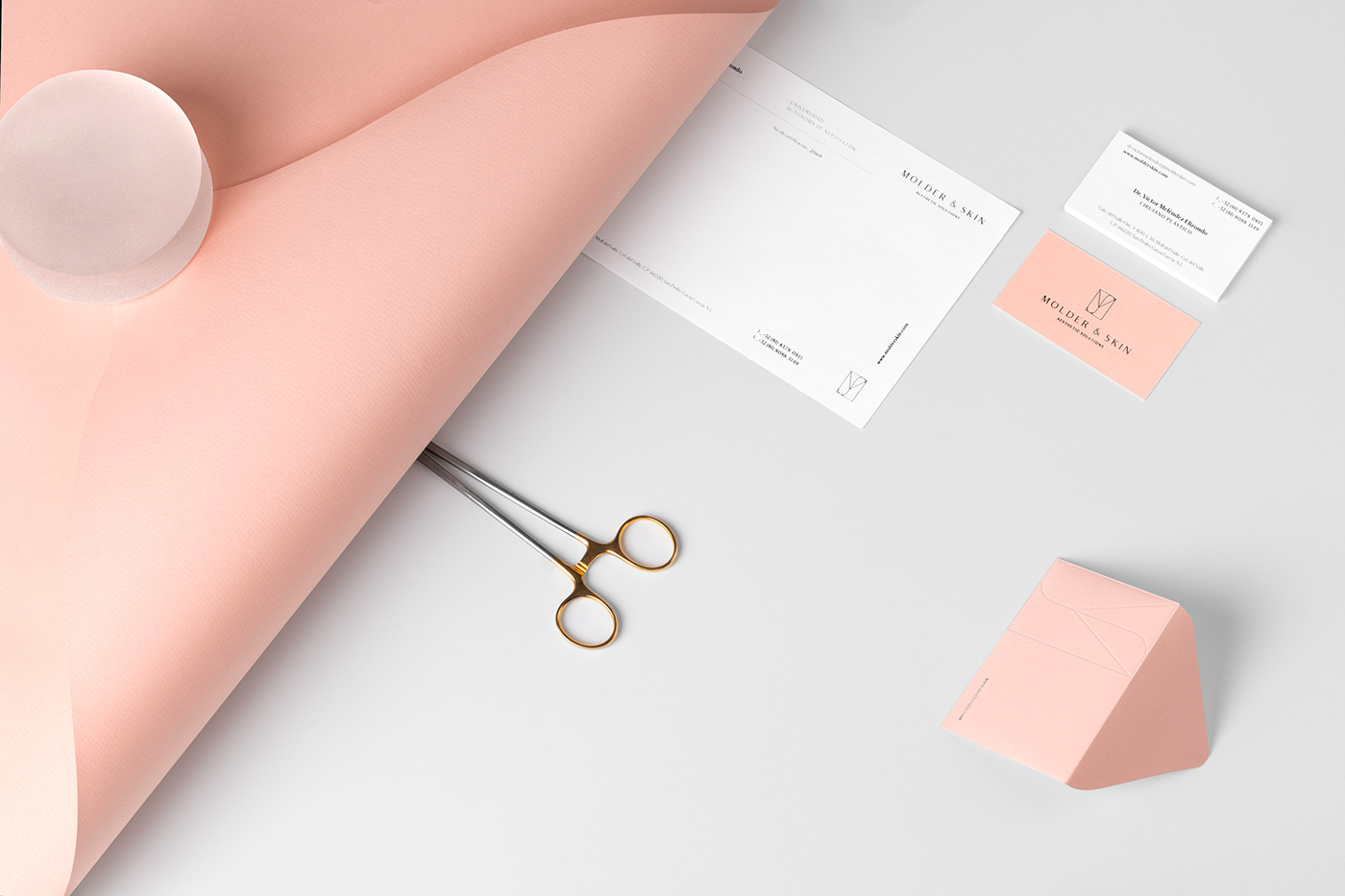 branding  skincare plastic surgery mexico naming animation  monogram medical