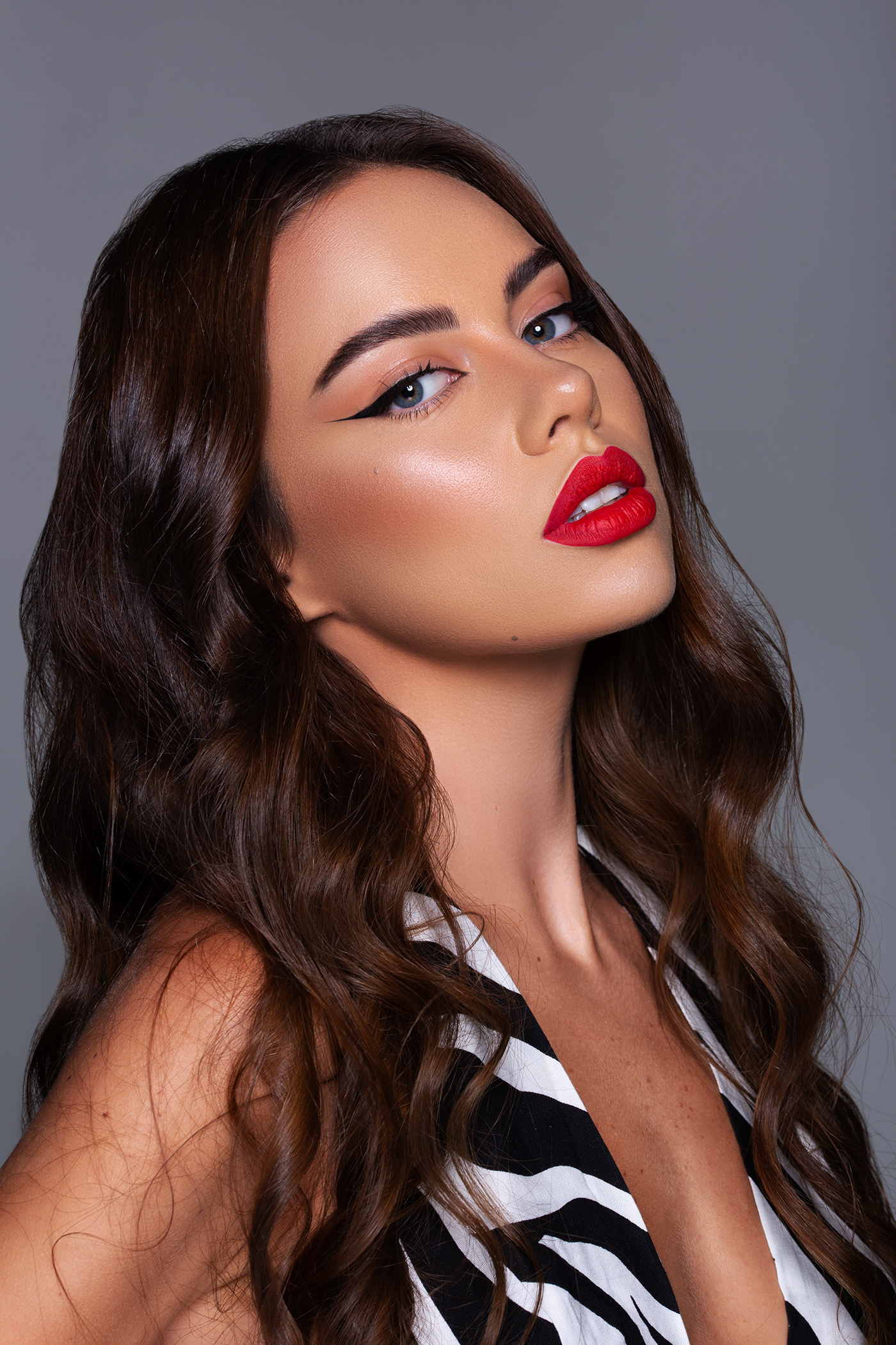 beauty Fashion  hair makeup model Photography  portrait retouch skin woman