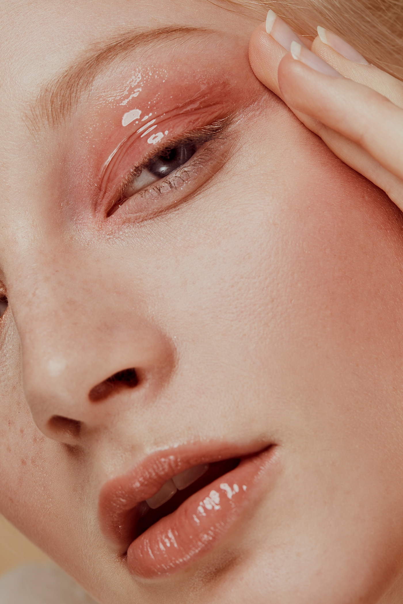 beauty photography beauty retouch Post Production retouch high end retouch beauty Photography