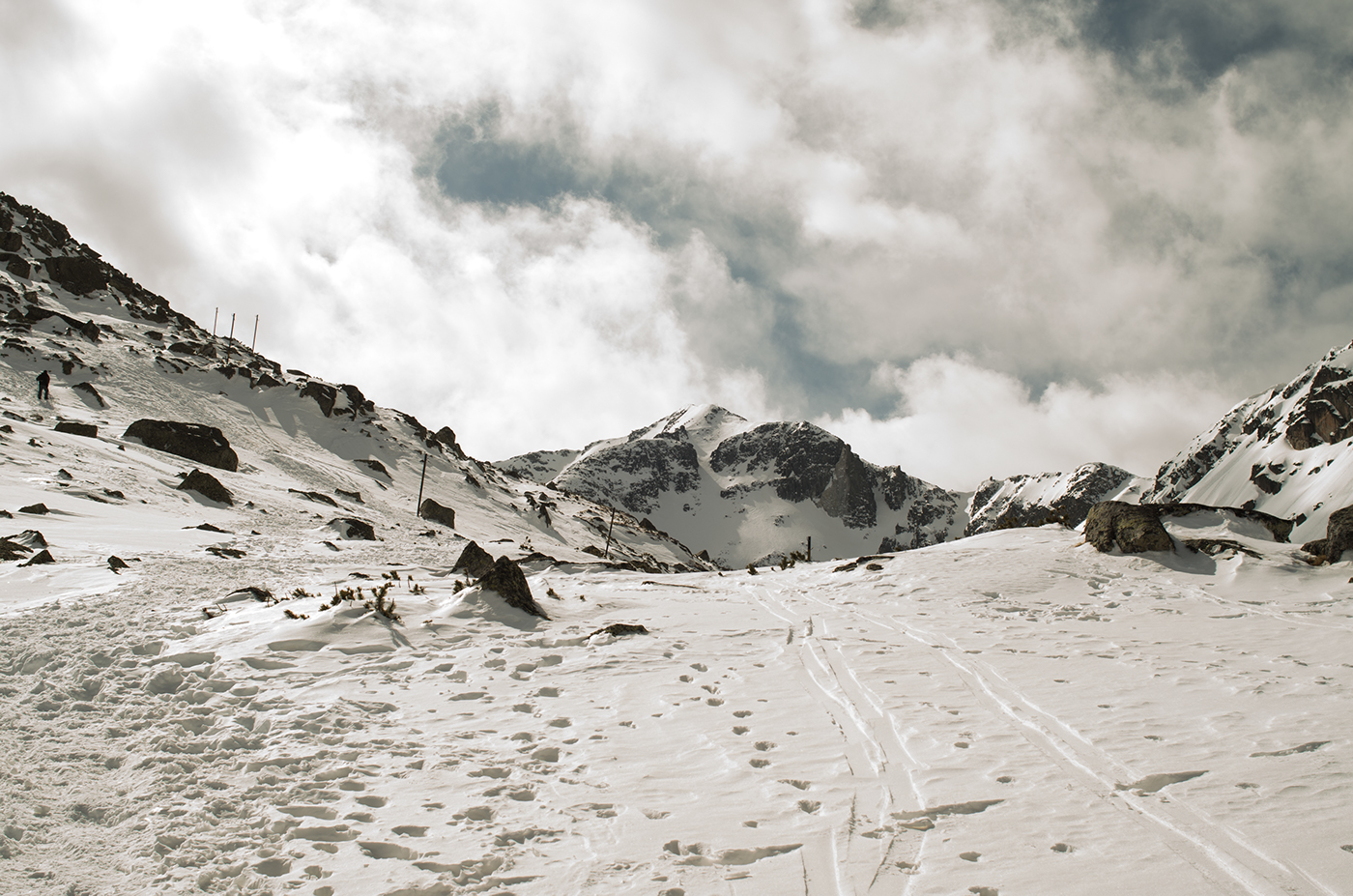 A warm-up slope, Musala Summit in the background.