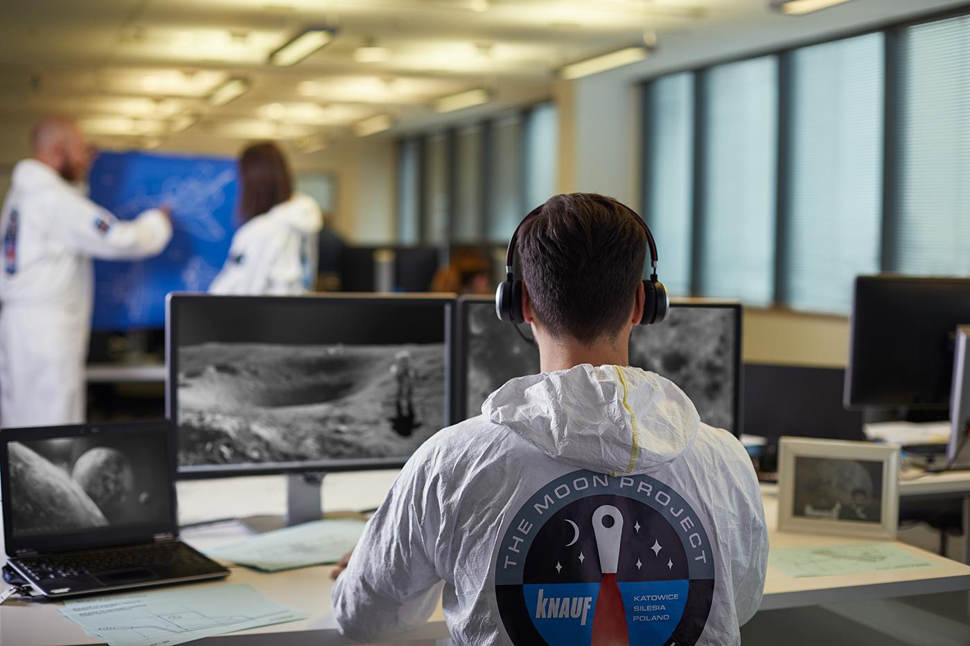 employer branding  campaign knauf IT Website moon Blueprint astronaut patent