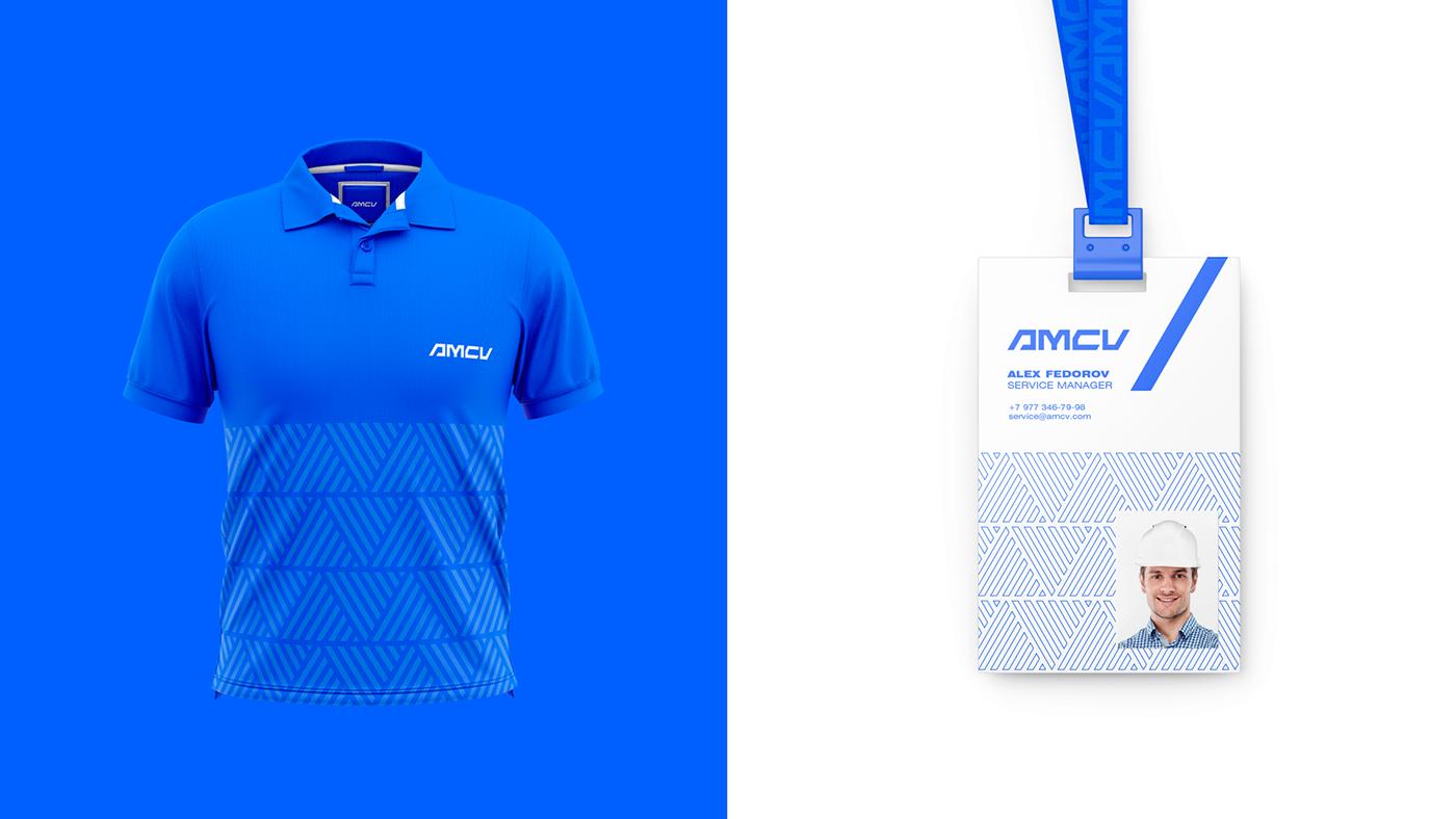 Image may contain: electric blue, shirt and screenshot