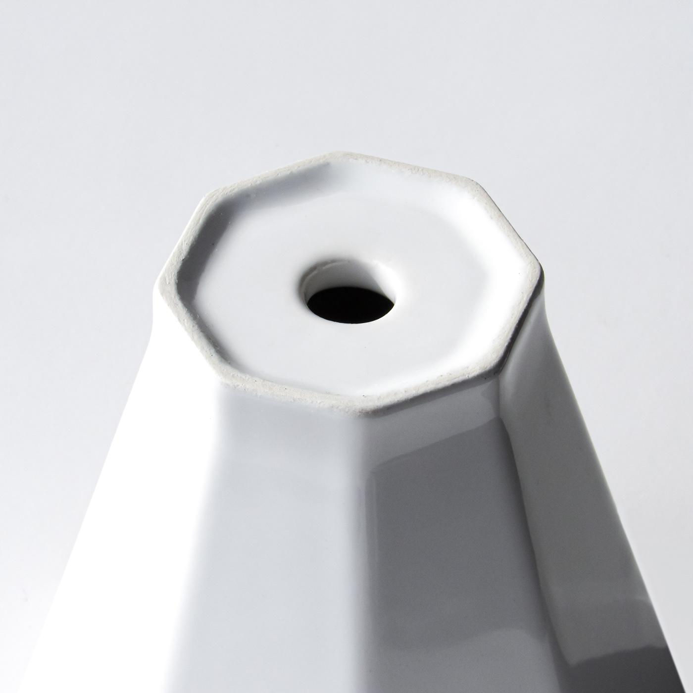 Ceramic funnel