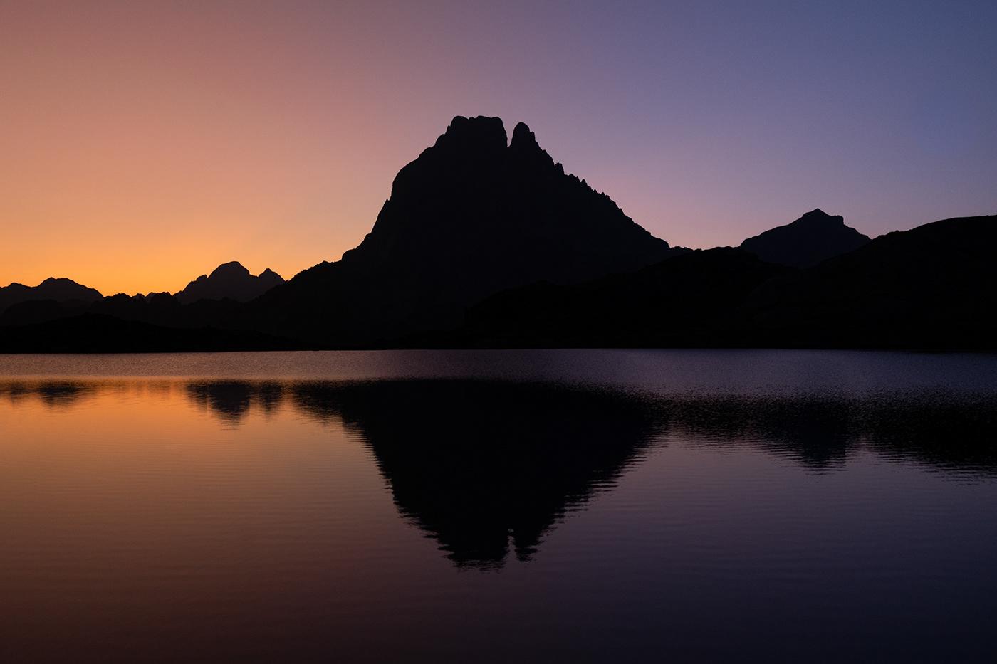 mountains peaks Minimalism pyrenees france Landscape Outdoor pic midi hiking art