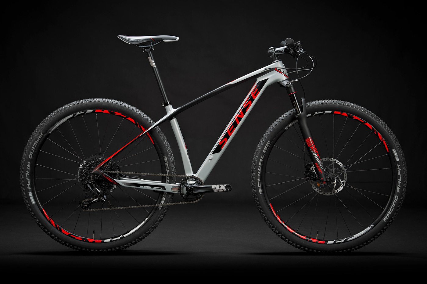 Gabriel Delfino Delfino Design carbon bike carbon Bike bicicleta cycle Design Brasileiro road MTB