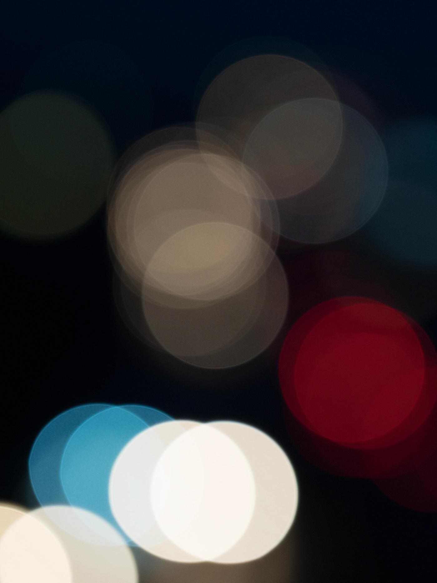 Image may contain: light, screenshot and circle