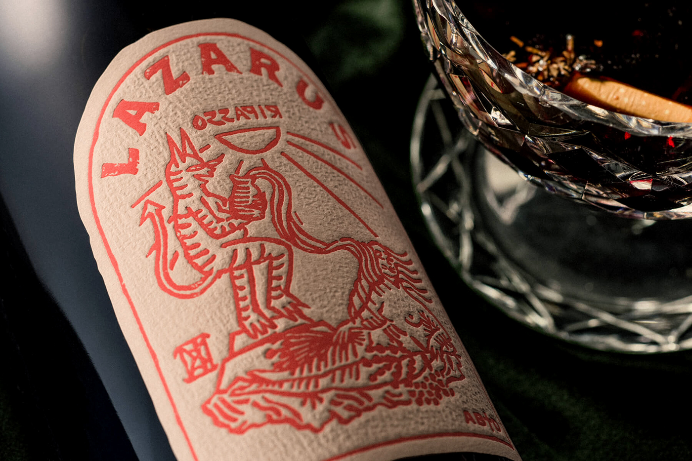 Packaging wine warm red lino dark 70s leather letterpress Label Diecut