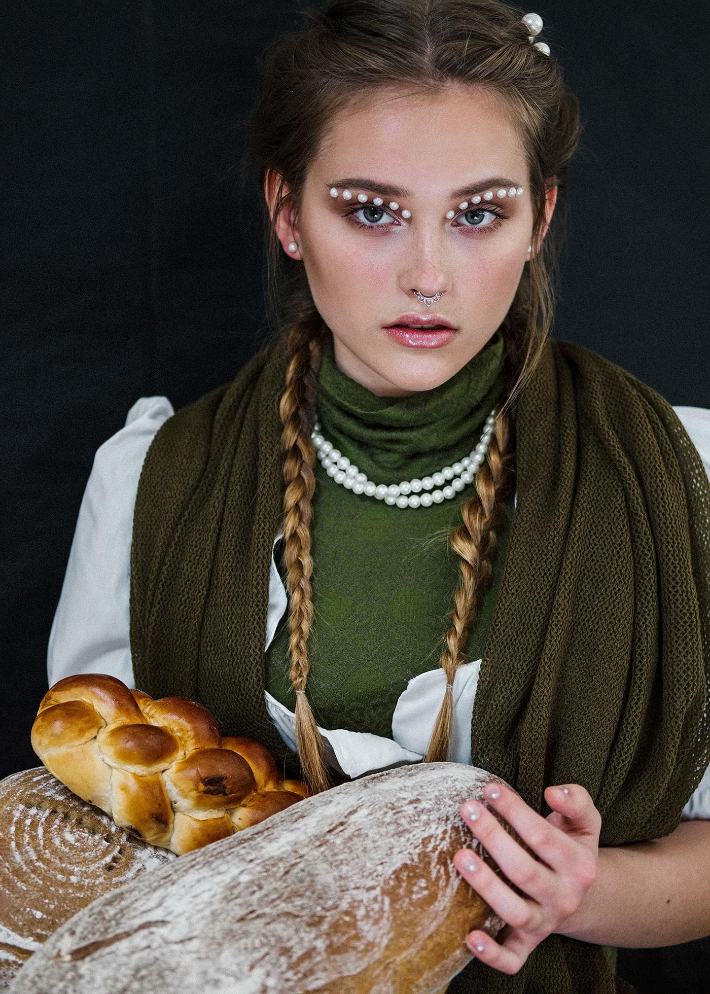 Renaissance fashionclip portrait makeup bakery