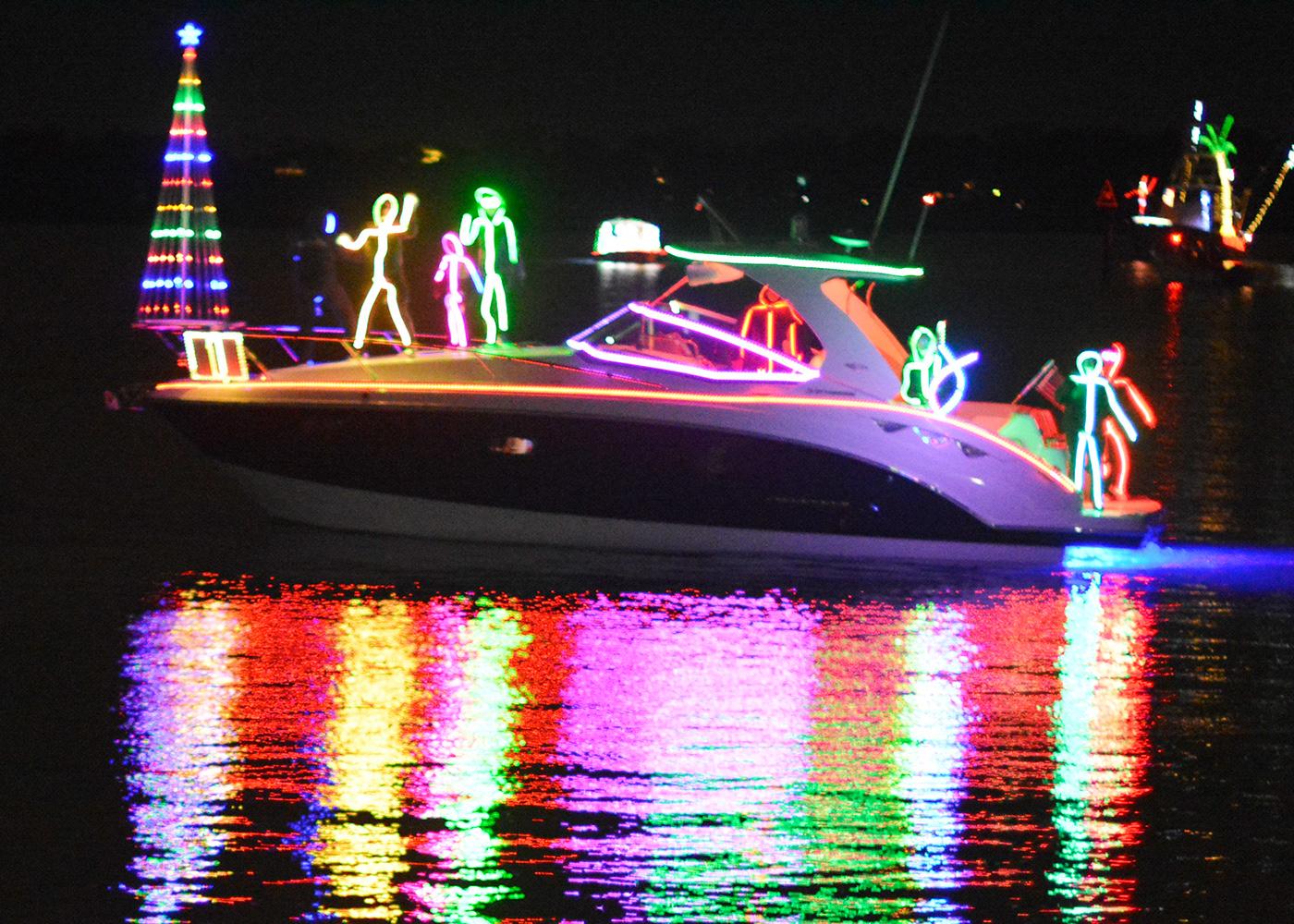 NC Holiday Flotilla Airlie Gardens Enchanted Airlie Zambelli fireworks Boat Parade Antique Auto Show Blockade Runner Resort wrightsville beach north carolina