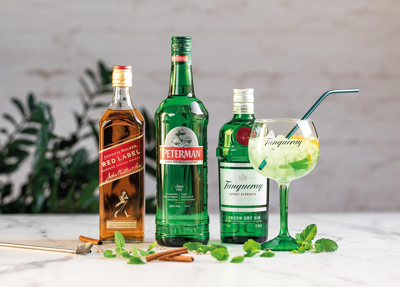 alcool Delhaize design folder gin liquor magazine promo RHUM Whisky