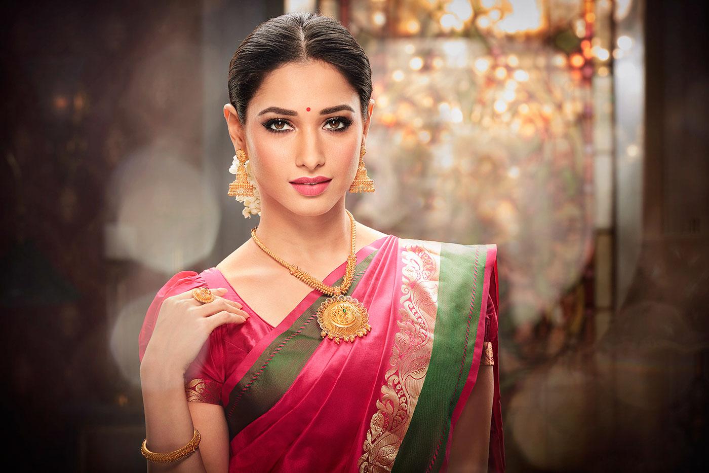 Tamanna Bhatia In Saree Wallpaper: Malabar Gold And Diamonds Jewellery On Behance