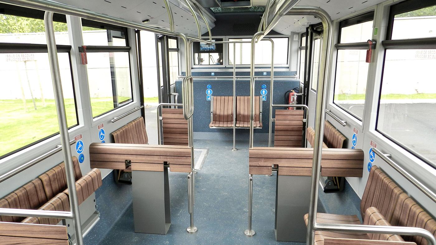 yellow window Yellow Window design Transdev shuttle bus mont-saint-michel shuttle vehicule