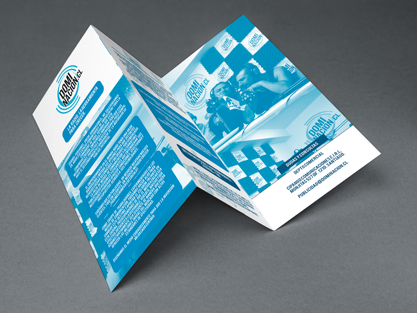 Radio brochure triptico flyer impresion book design digital
