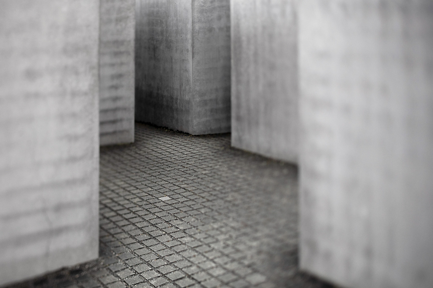 berlin Victory Column Tiergarden Kulturen der Welt Marie-Elisabeth-Lüders-Haus Memorial-to-the-Murdered-Jews-of-Europe Berliner Fernsehturm St Thomas Chruch germany carillon