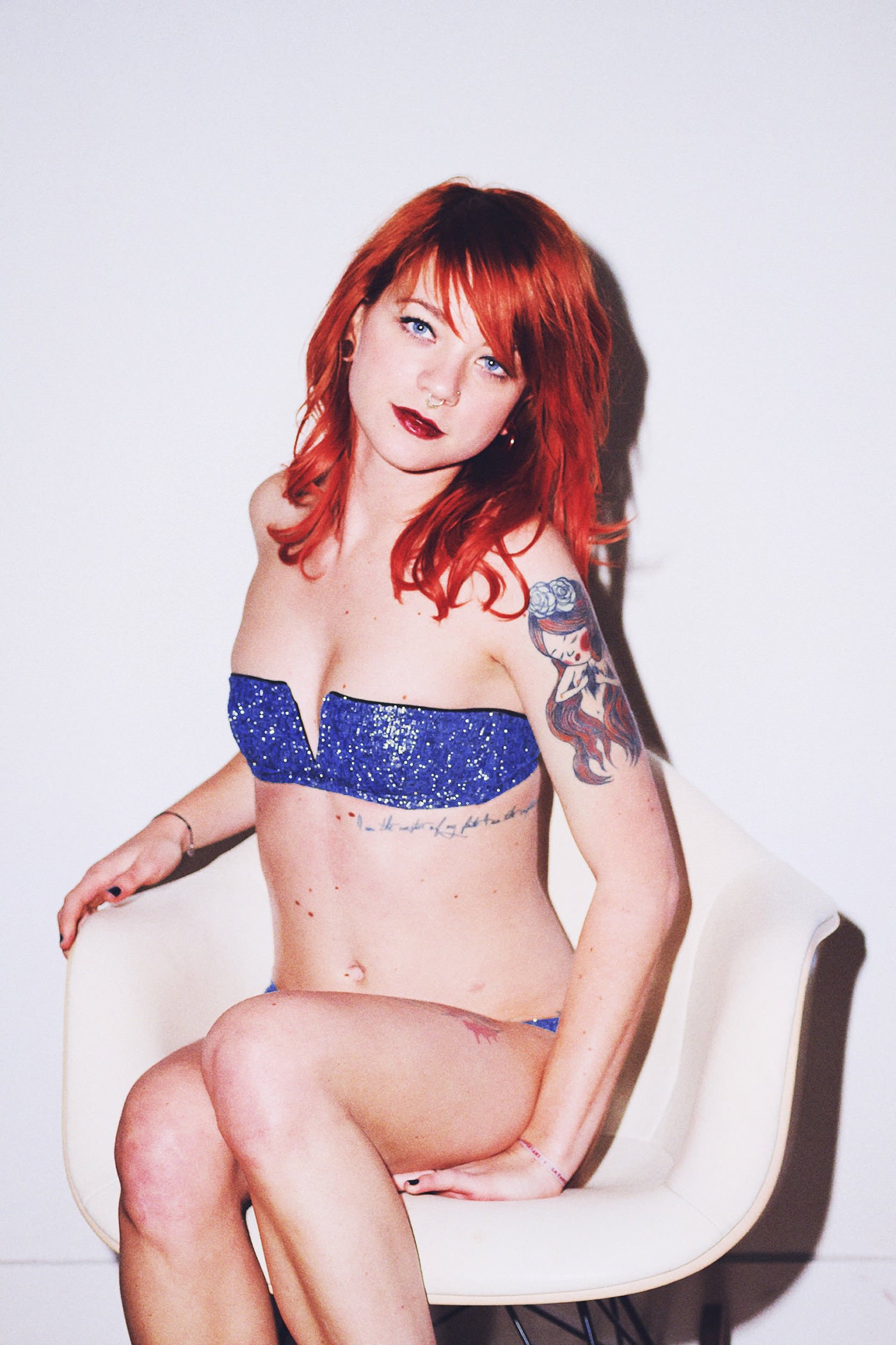 Sorry mom shoot girl Paris red hair sexy EAMES