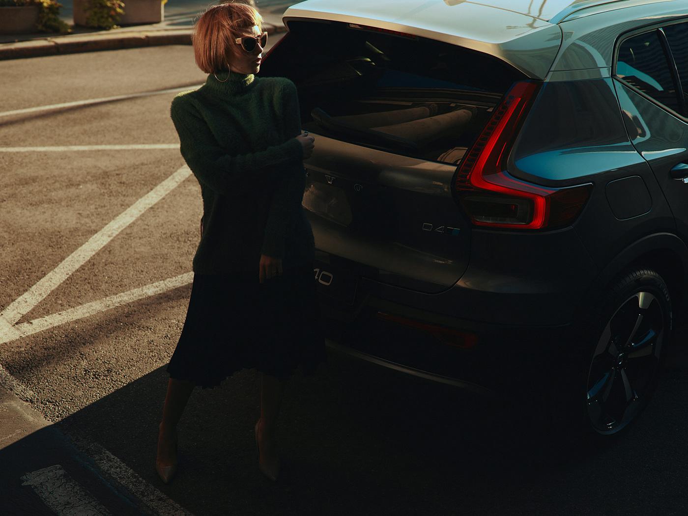 automotive   Chiaroscuro Urban city car redhead woman stylish Volvo xc40