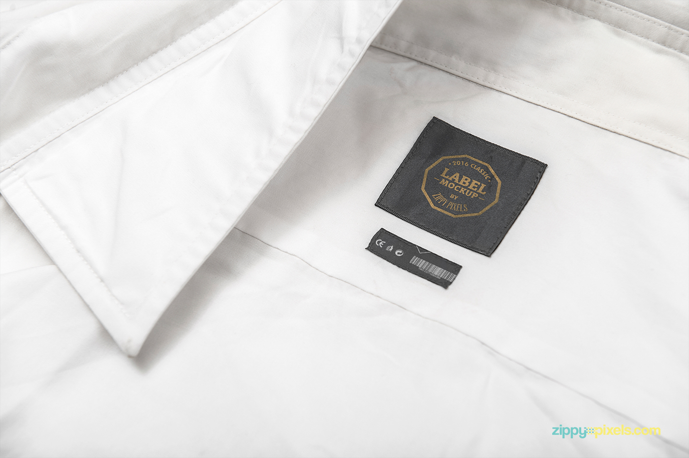 10 psd clothing label mockups on behance. Black Bedroom Furniture Sets. Home Design Ideas