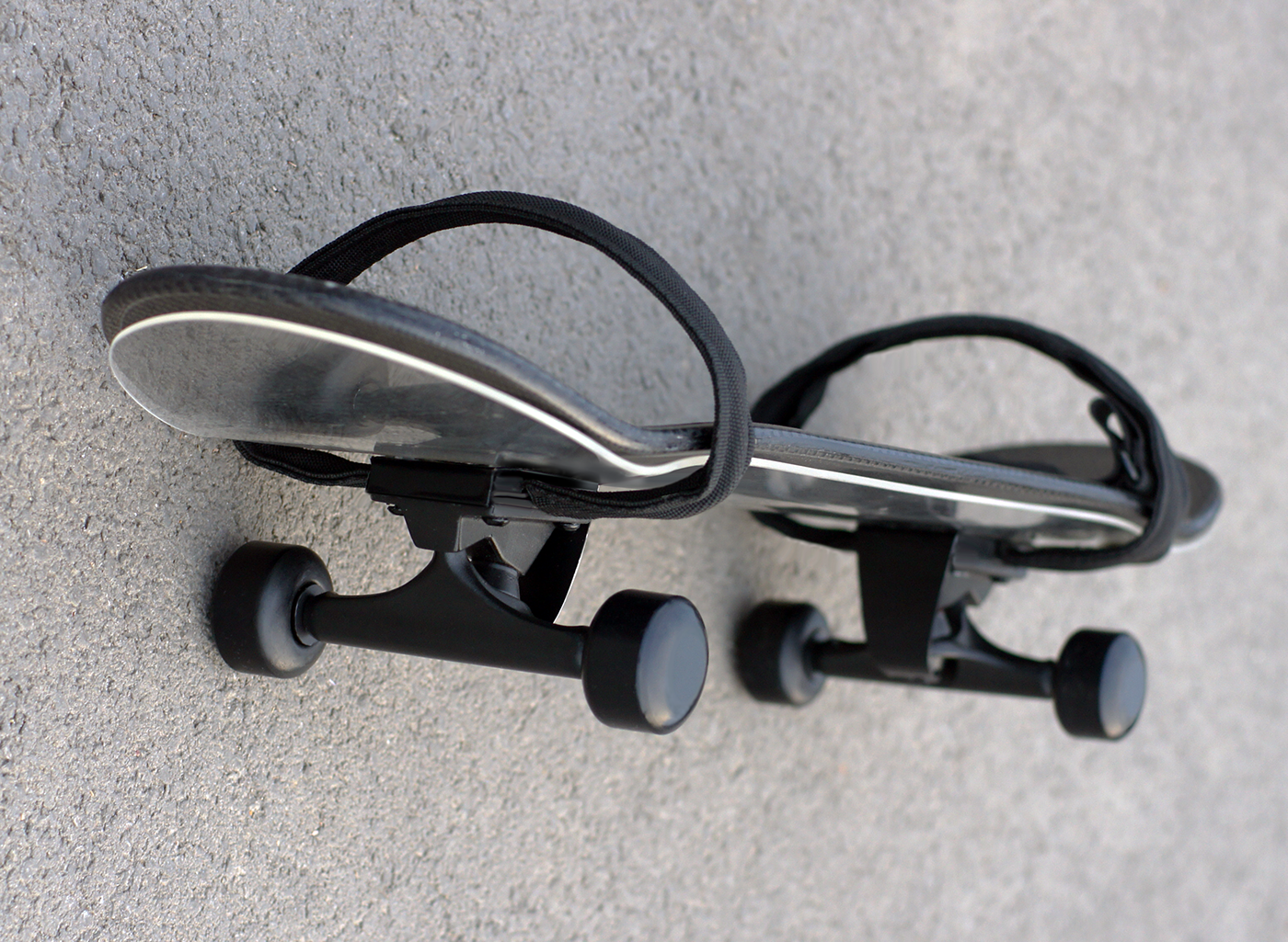 dark matter innovative skateboard carbon fiber skateboard black skateboard darko nikolic design black customizable Minimalism over-engineered skateboard