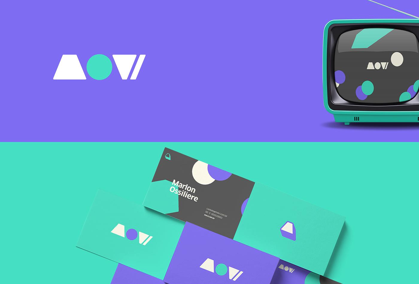A imagem contém o logo da Movi, a representação em uma TV e em cartão de visita.