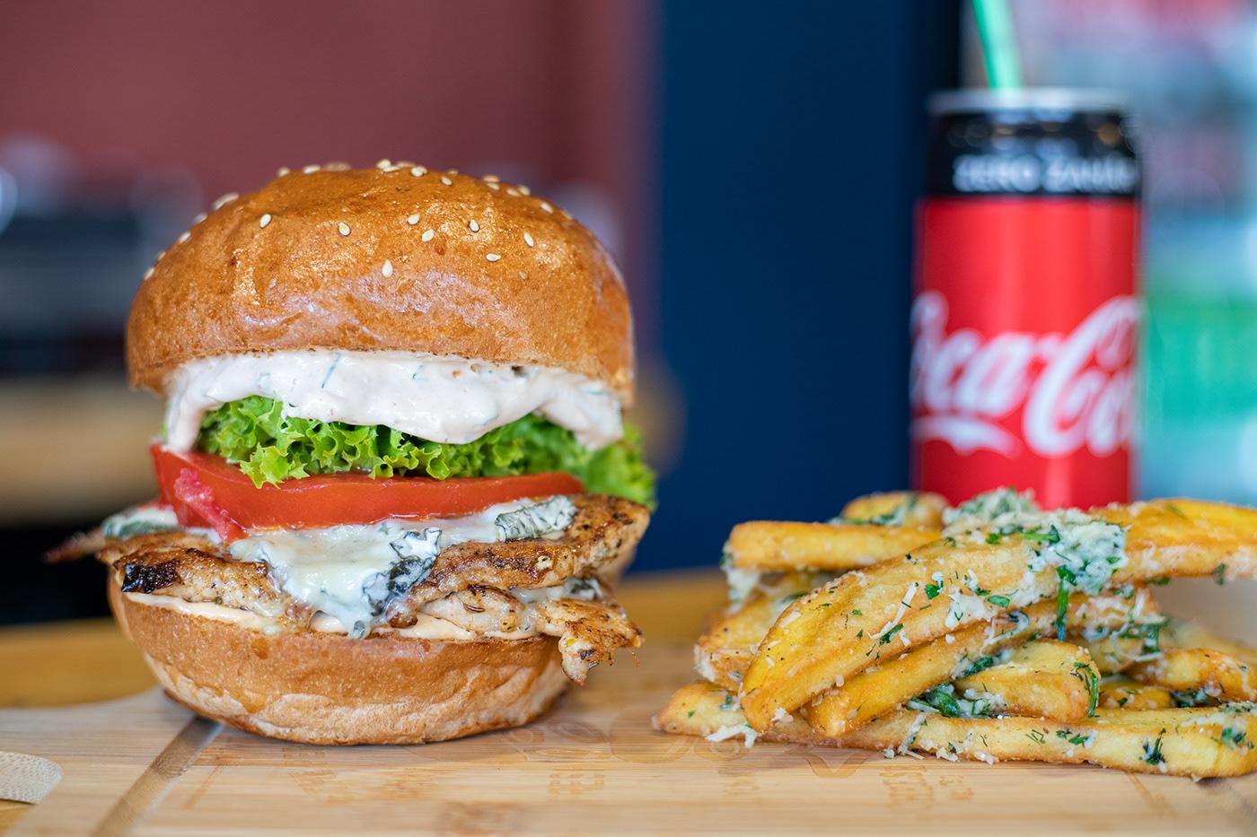 Image may contain: fast food, food and hamburger