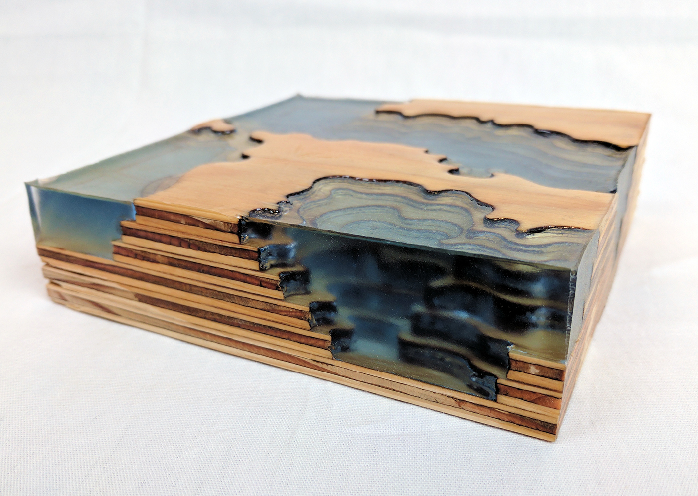topography laser resin acrylic Abyss