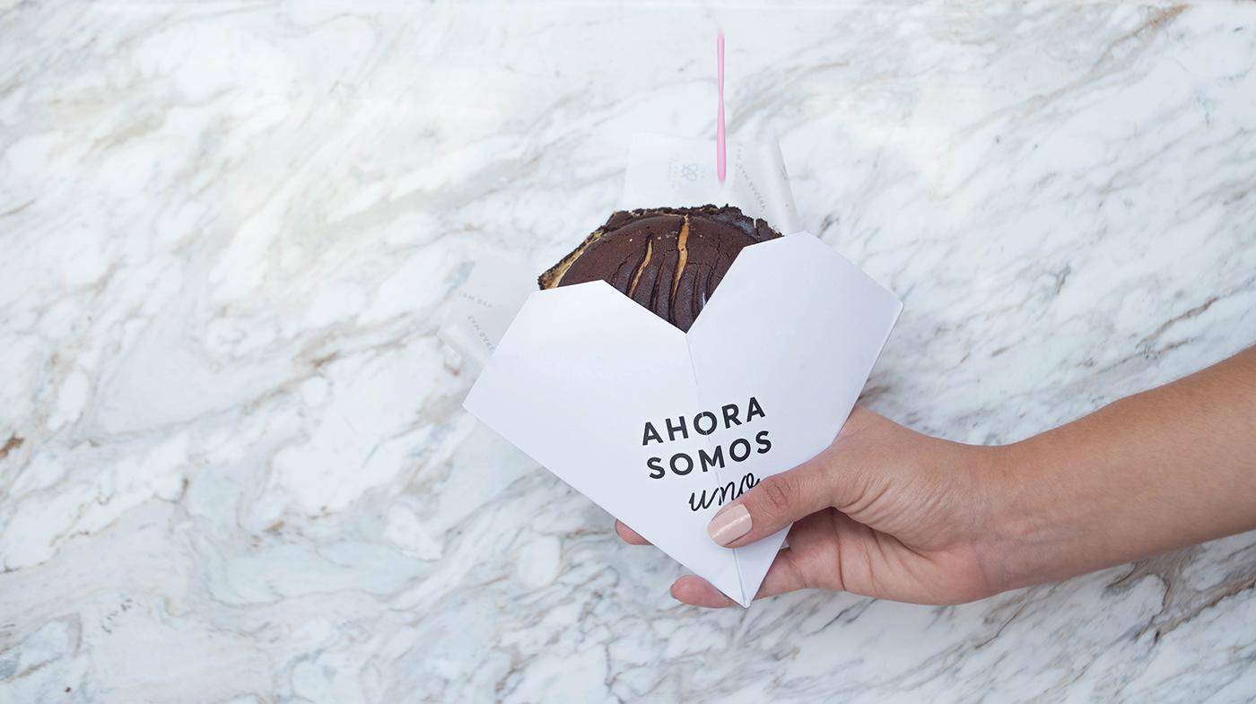 icecream bakery heart pink branding  Coffee Love helado menu monogram