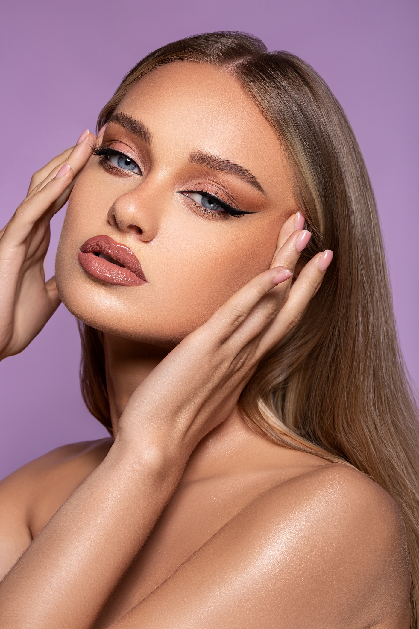 beauty editorial Fashion  makeup model Photography  retouch skin woman
