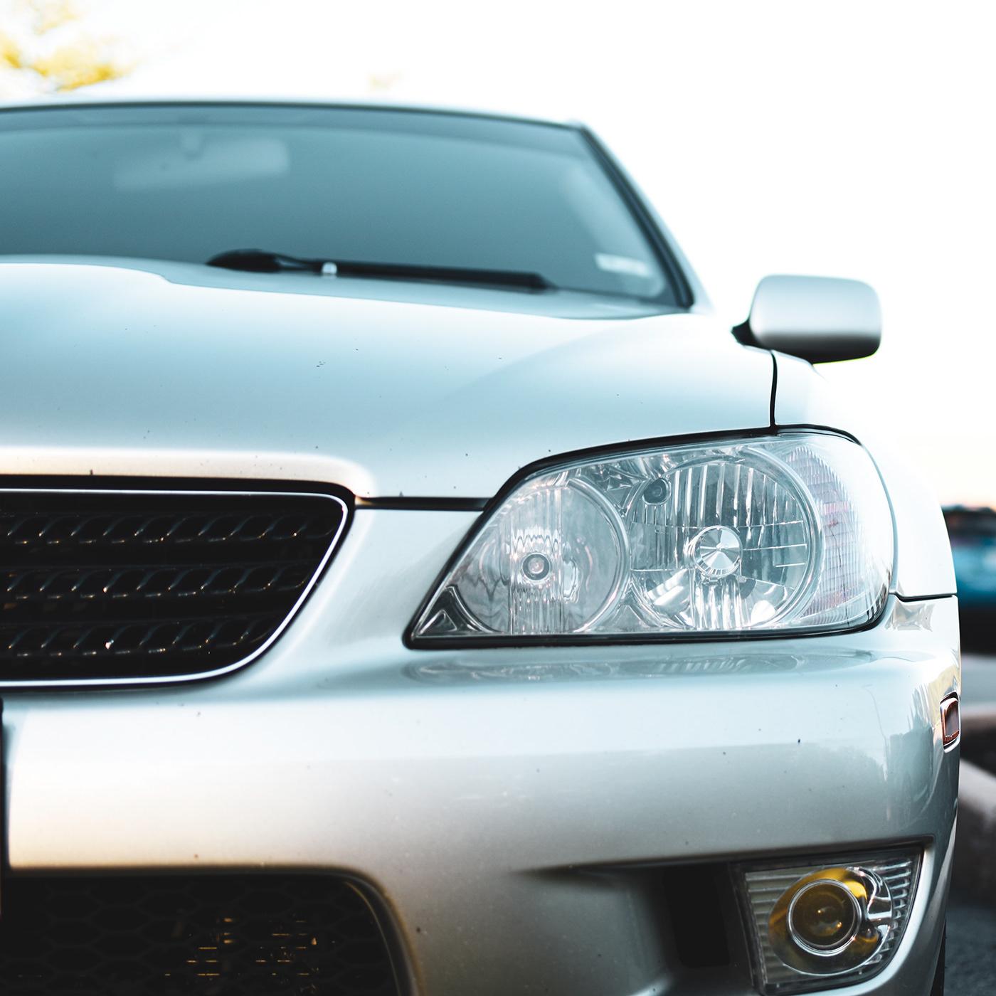 Image may contain: car, land vehicle and vehicle