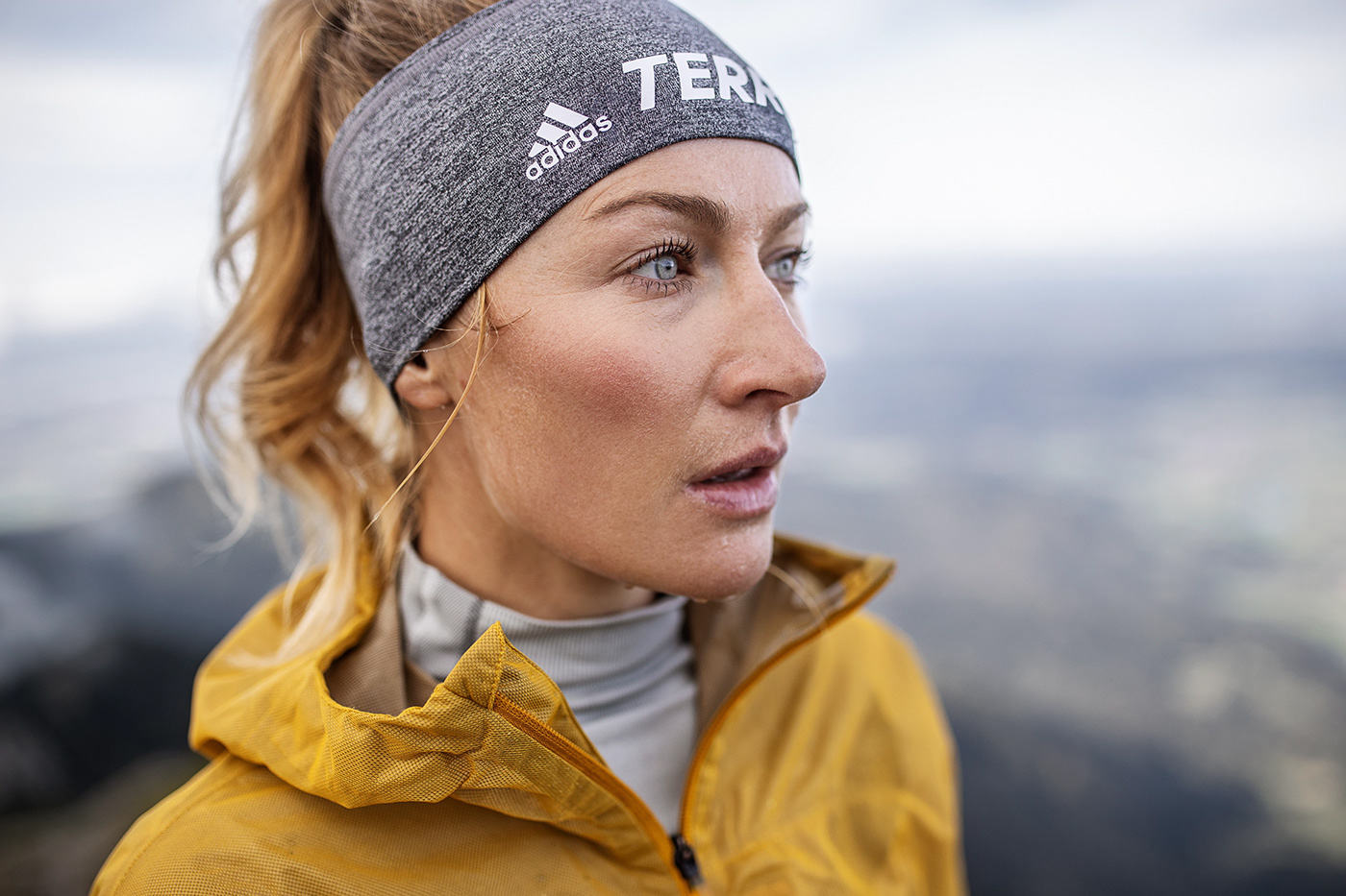 fotograf-sport-zuerich-zalando-adidas-terrex-produktion-trailrunning-commercial-helgeroeske-behance1