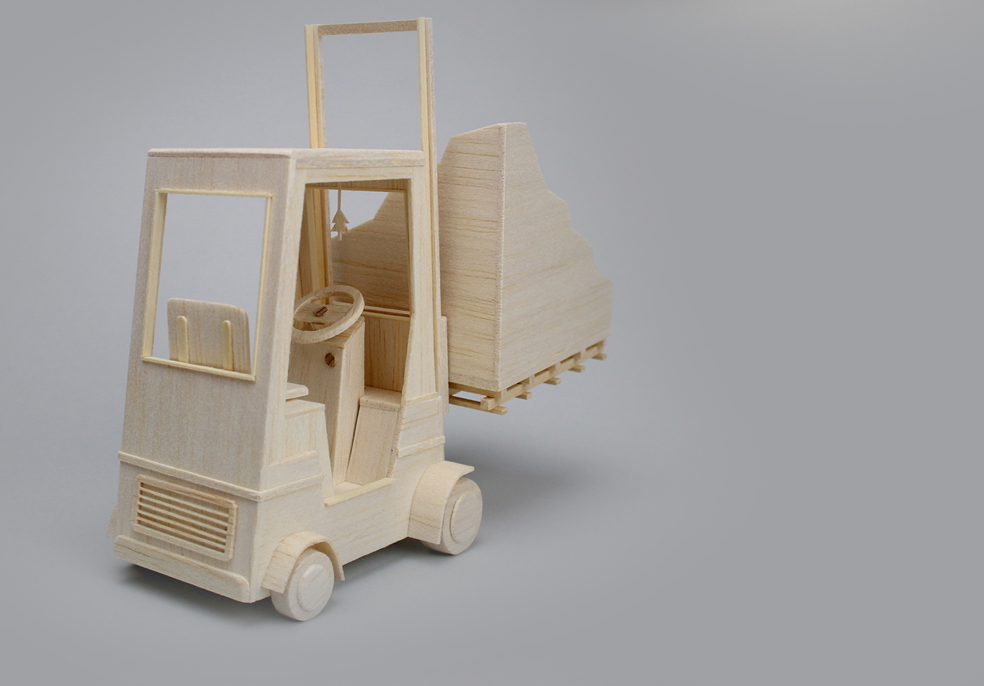 Balsa wood,Miniature,fork lift truck,car,mountain,story object,wood,maquette,model,scale model,sculpture