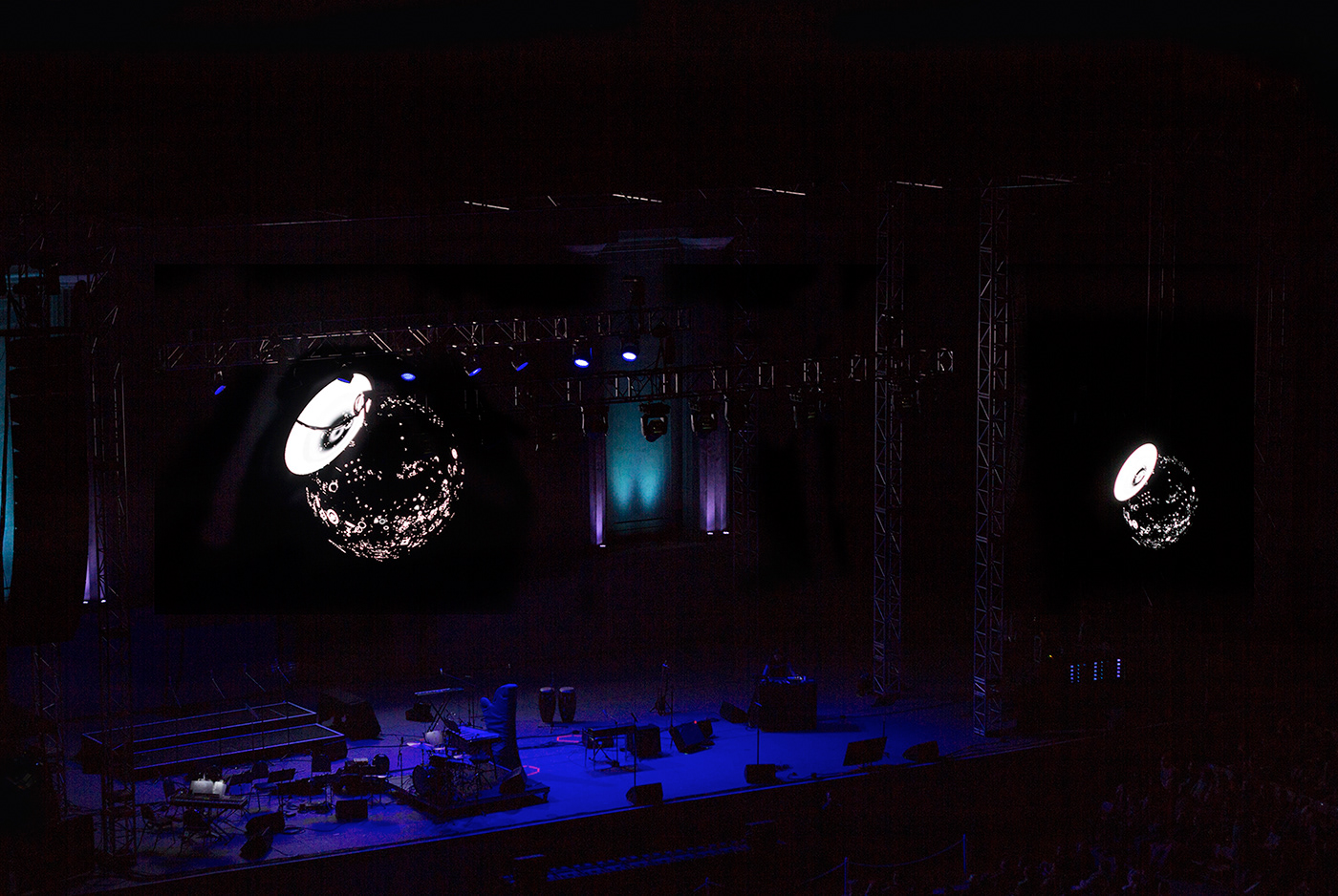 interactive Sound Design  live instrument Responsive Space  greek theater nosaj thing