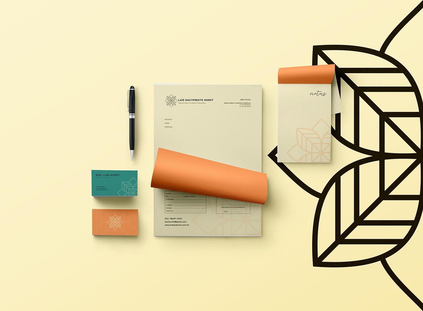 Cartão de visitas e bloco de notas da marca Dra. Laís Horst