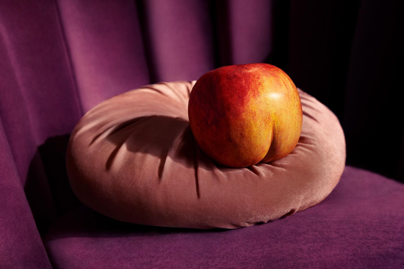 klarna advertisement Film   humour peach blowupdoll SNASK