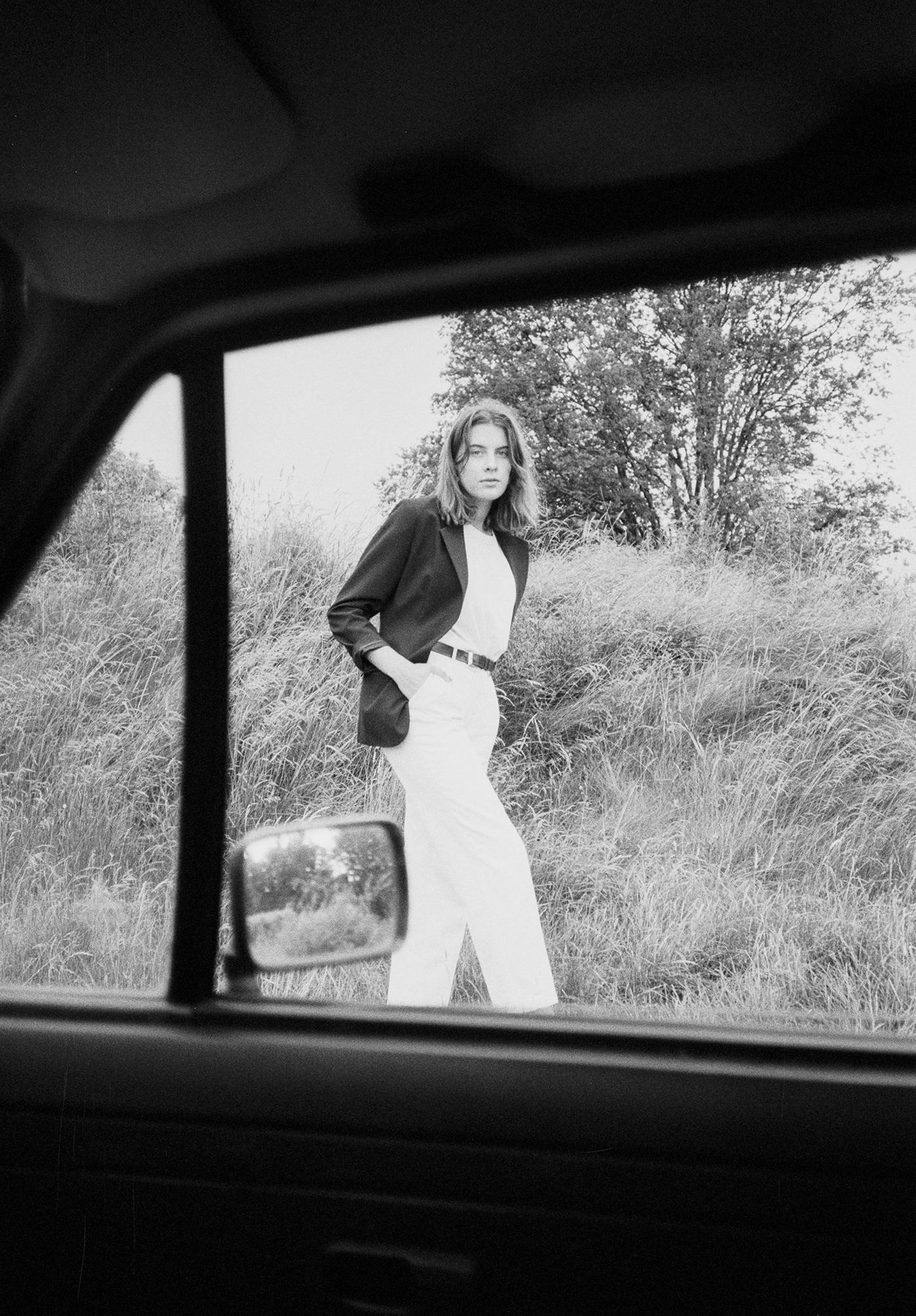 35mm analog black bw Fashion  Film   hp5 ILFORD vintage White