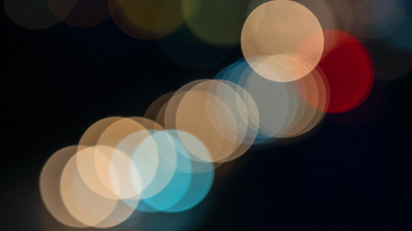 Image may contain: screenshot and light