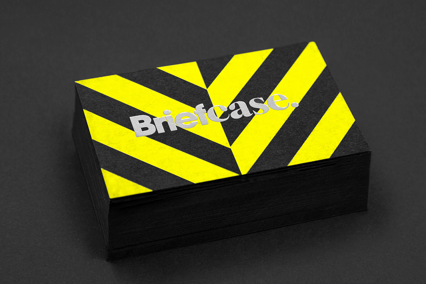 Briefcase Identity by Anagrama (Business Cards)