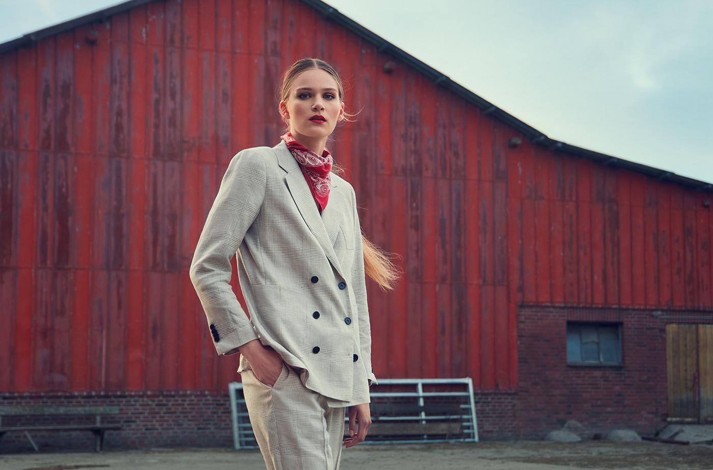 Fashion  editorial postproduction retouching  frankgroll Cosmopola