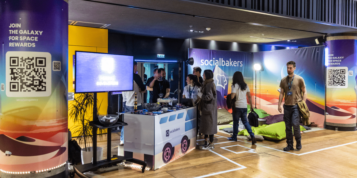 3D,conference,design,motion,prague,reactive,Socialbakers,Stand