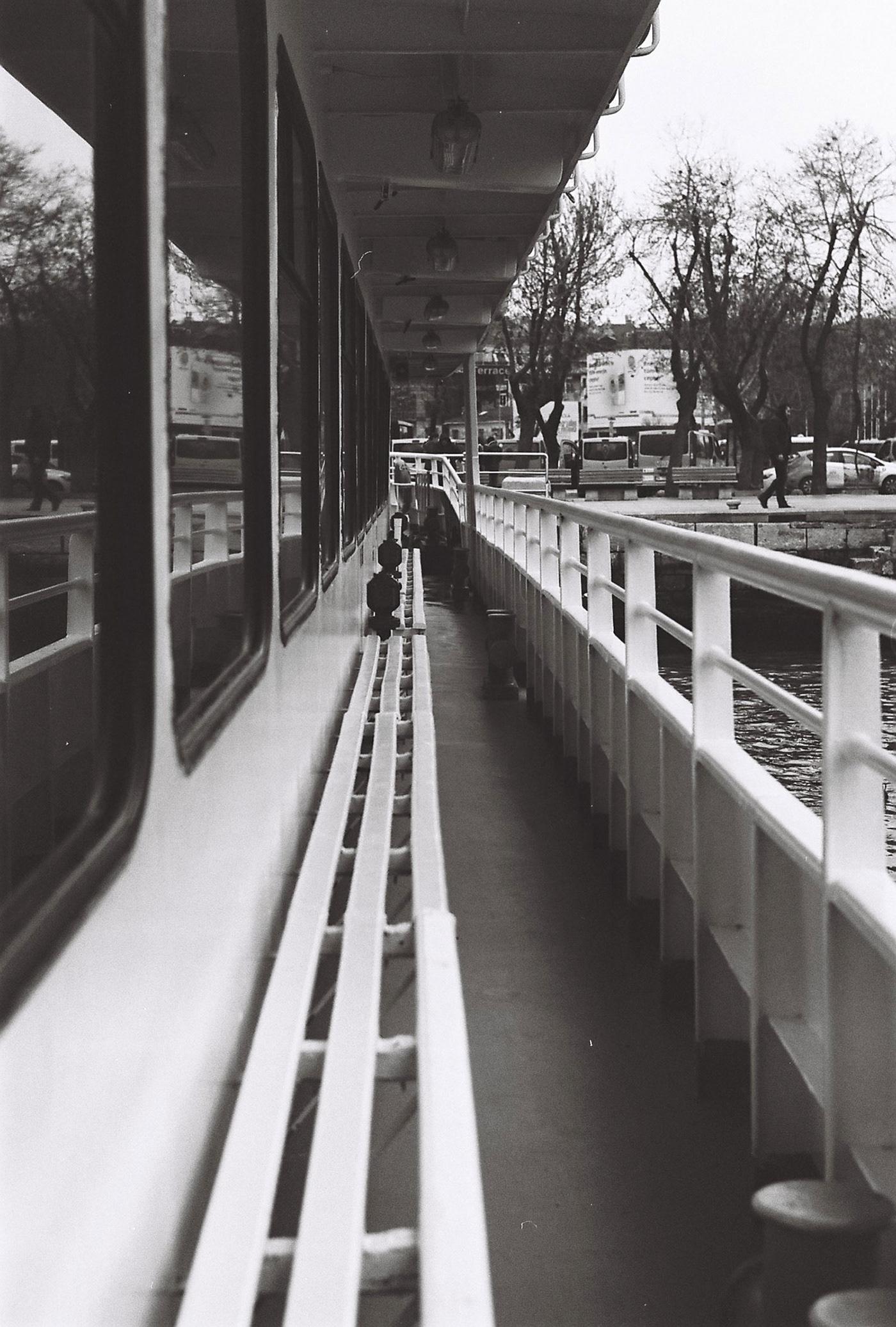 35mm film photography fotoğrafçılık ZENIT TTL fujifilm across 100 fujifilm analog camera fotograf Street