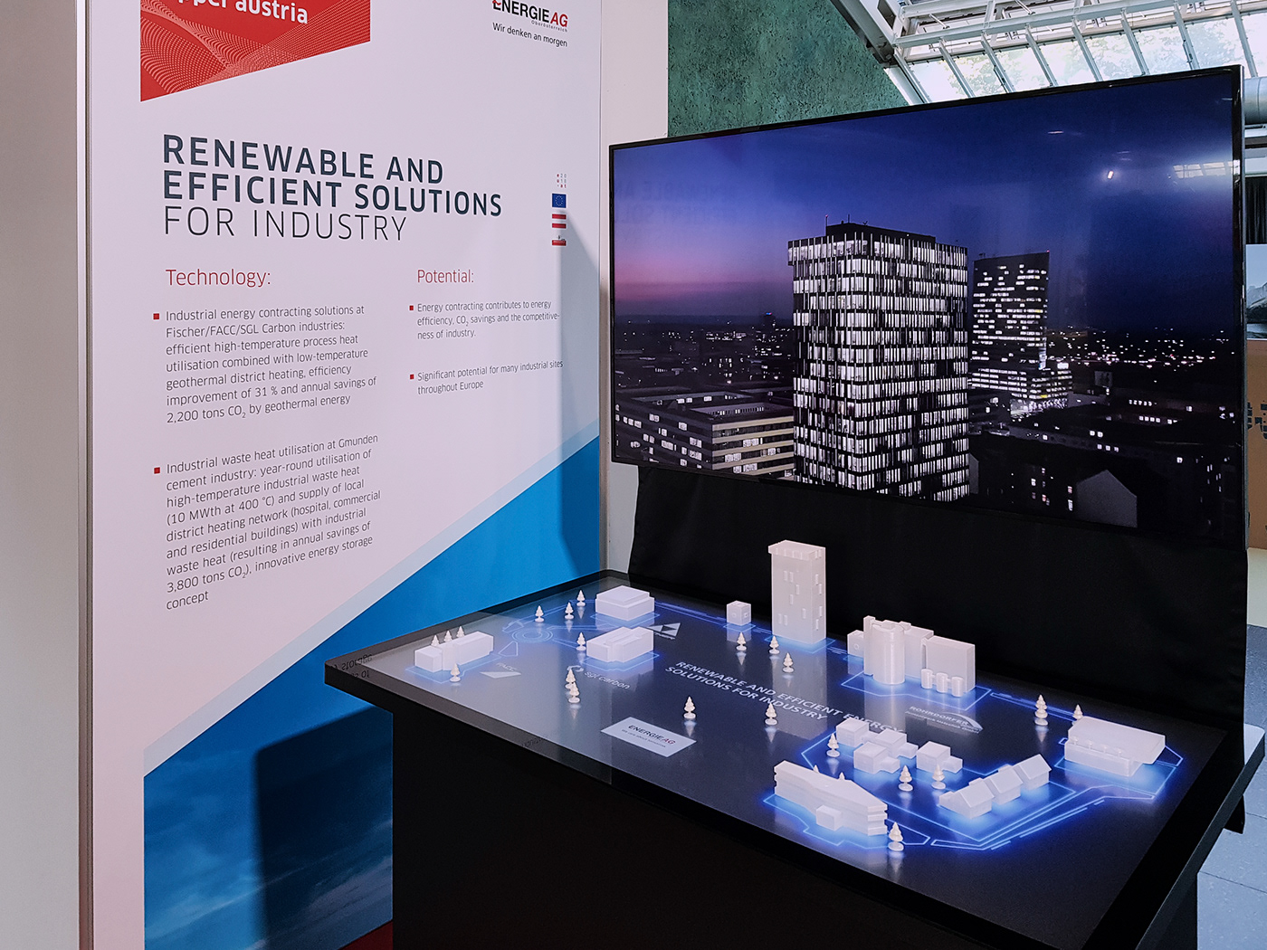 Erneuerbare Energie industrie 3D Installation 3D PRINTED OBJECTS touchscreen interactive qupik Fair creative technologies Renewable Energy