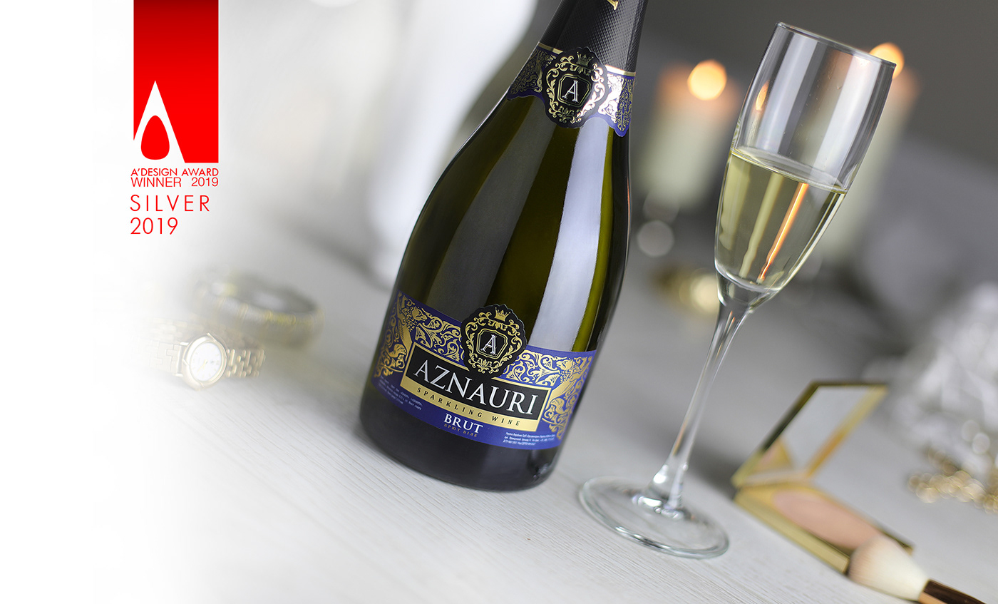 sparkling branding  Label labeling Packaging agency brandin agency valerii sumilov shumi love design shumilovedesign