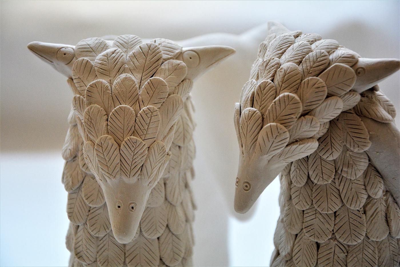 porcelain sculpture olivia weiss Füchse foxes plumage Federkleid contemporary ceramic