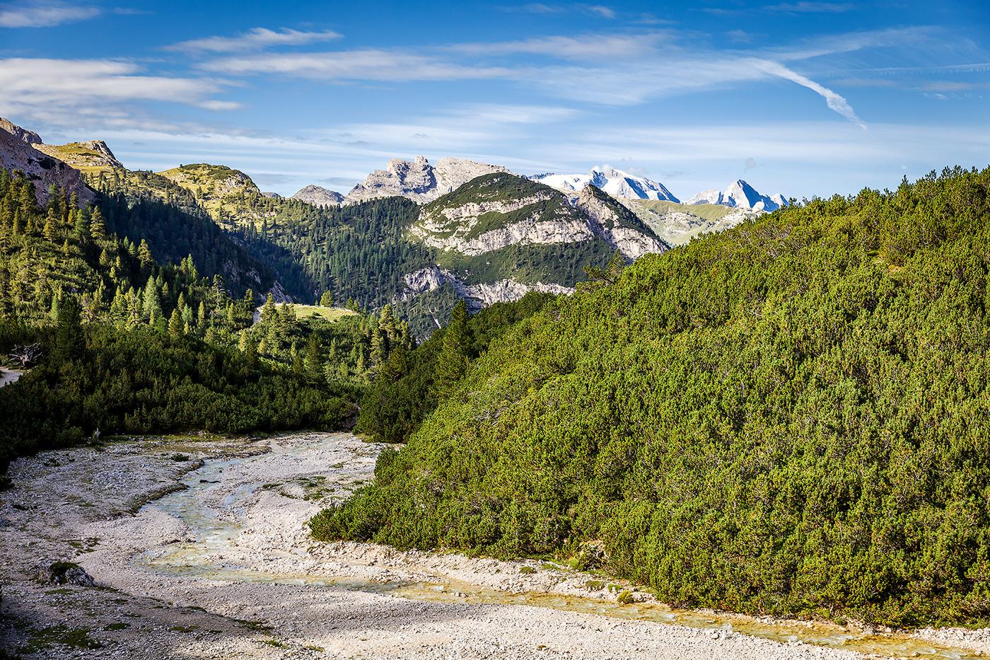 Adobe Portfolio dolomiten Dolomiti climbing hiking mountains rocks felsen   Klettern Alta Badia Bergsteigen berge Wolken Cima Cunturines Cunturines-Spitze Fanes