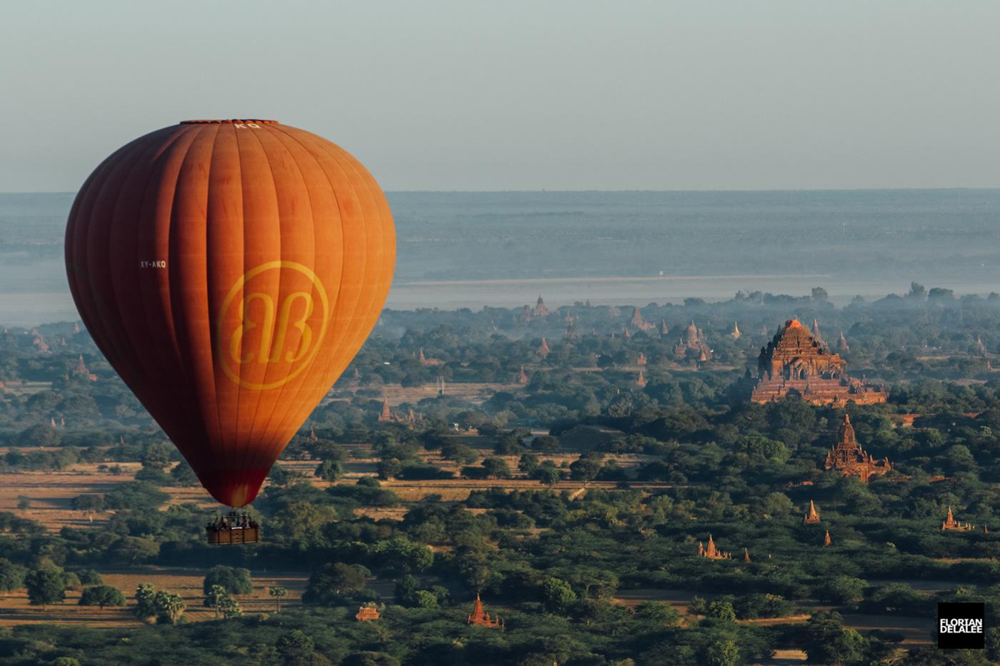 Image may contain: aircraft, balloon and sky