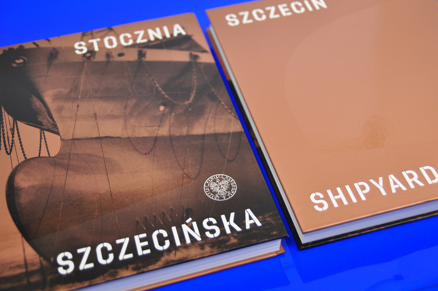 Album book grid InDesign Layout photos publication