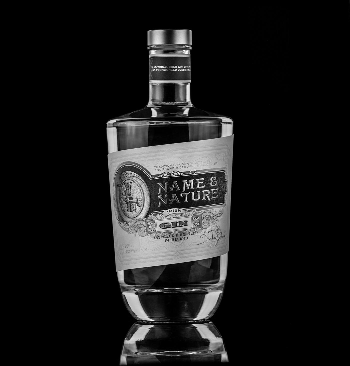 graphic design  Label premium gin Whiskey luxury Spirits Packaging typography   rótulo