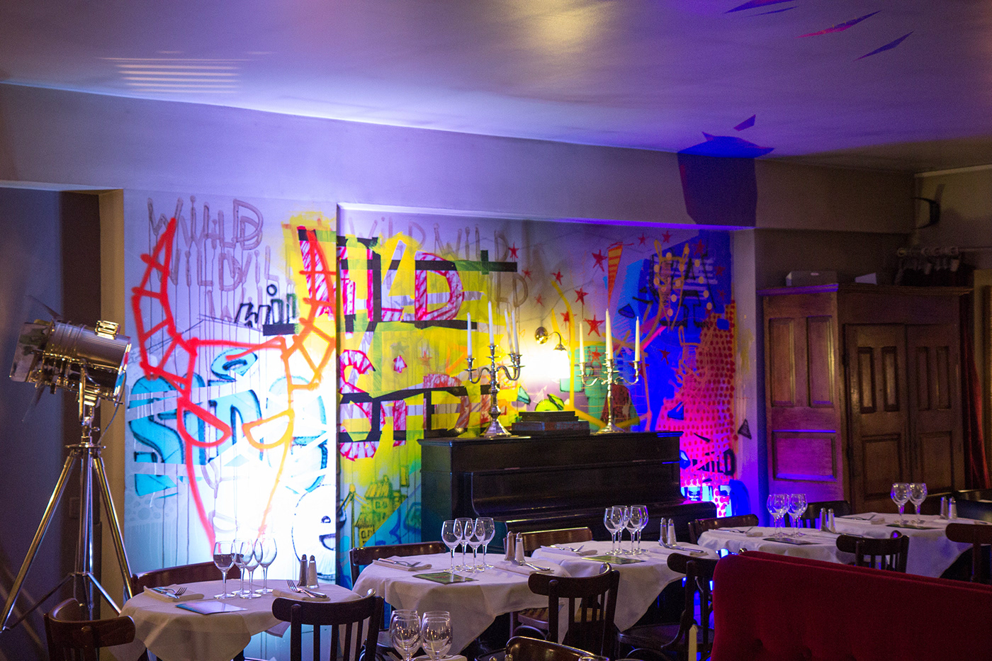 Photographie Street Art  restaurant Paris