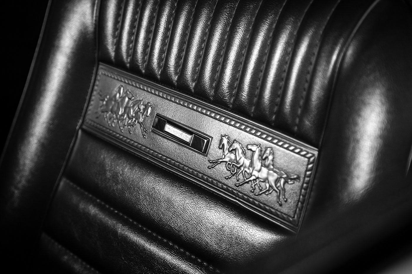 Detalle de tapizado ford munstang. Upholstery detail ford mustang