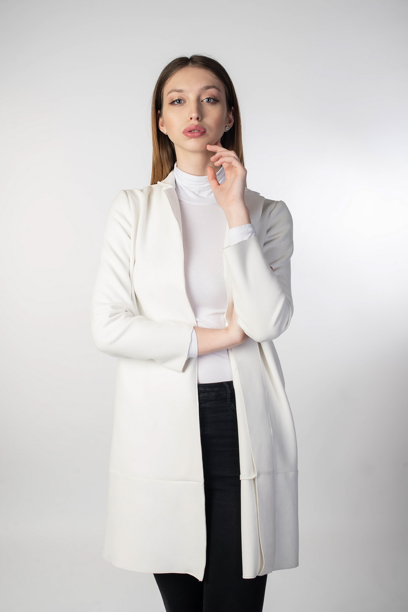 casual futuristic elegant portrait beauty Czech blonde model Model Agency moda