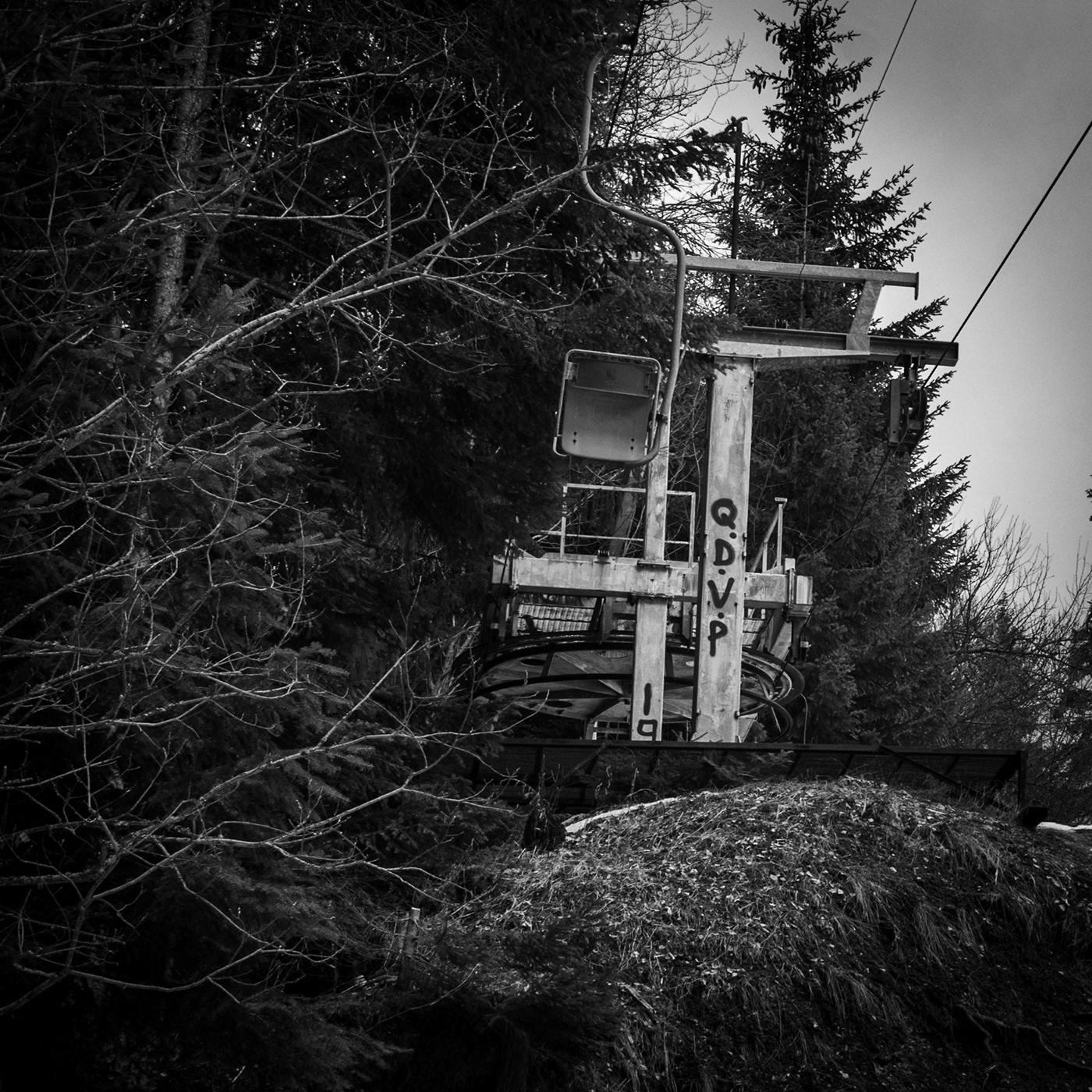 Chair Lifts, out of operation.